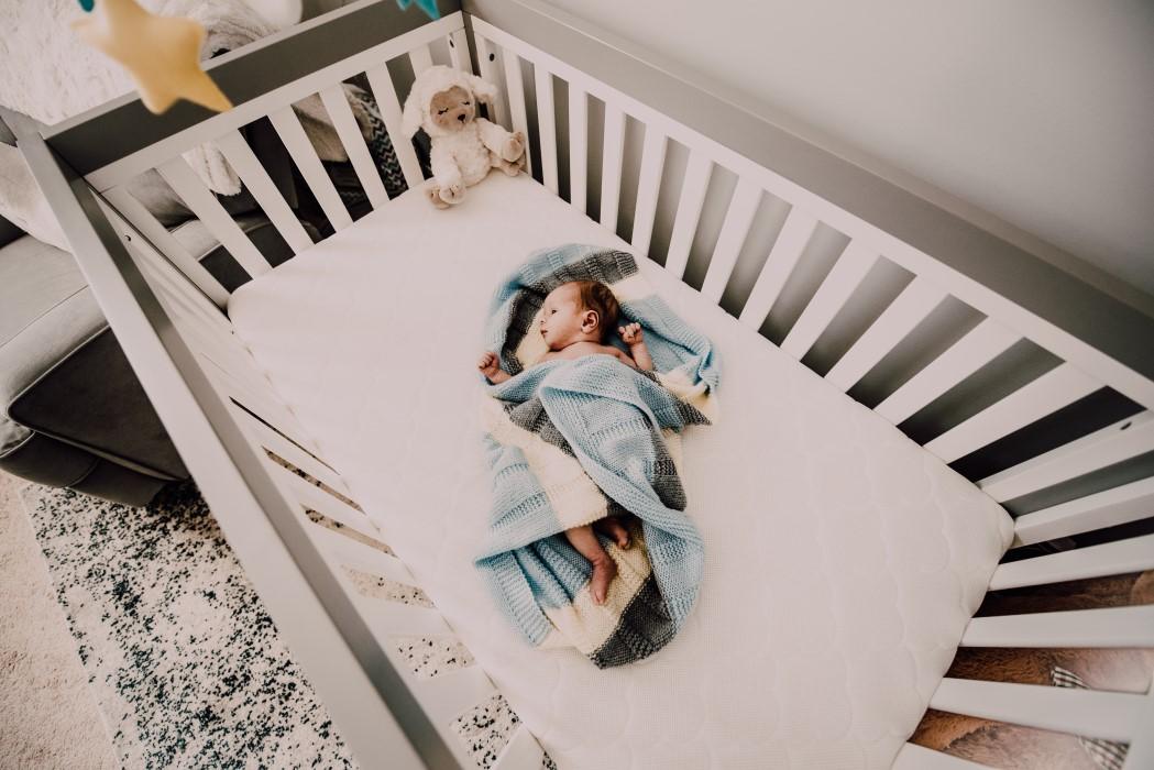 Tu bebé debería dormir boca arriba