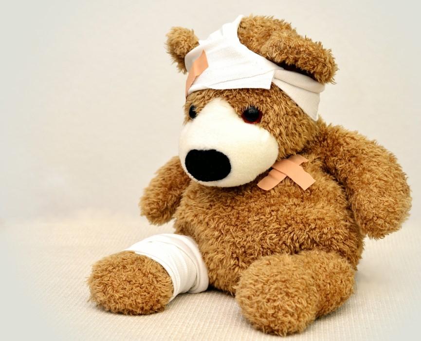 Cómo realizar primeros auxilios para una fractura
