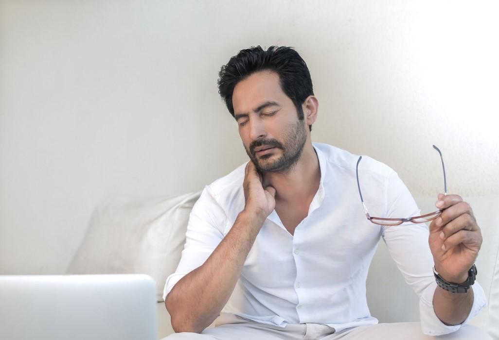 contractura cervical sintomas