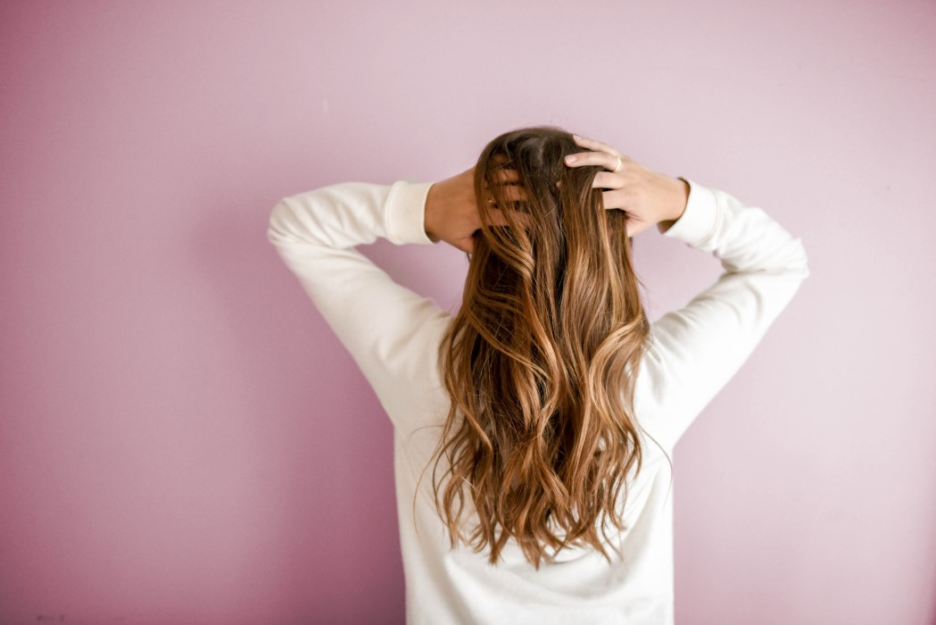 hidratar cuero cabelludo